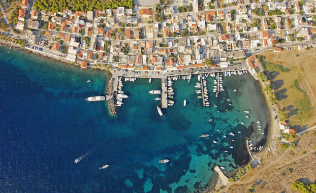 Aerial photo of Aegina perdika
