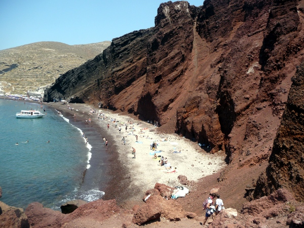 Beaches : sailing Santorini