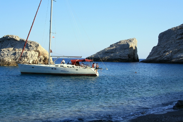 Yacht charters in the Cyclades, Greece